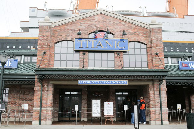Titanic Attraction Main Entrance