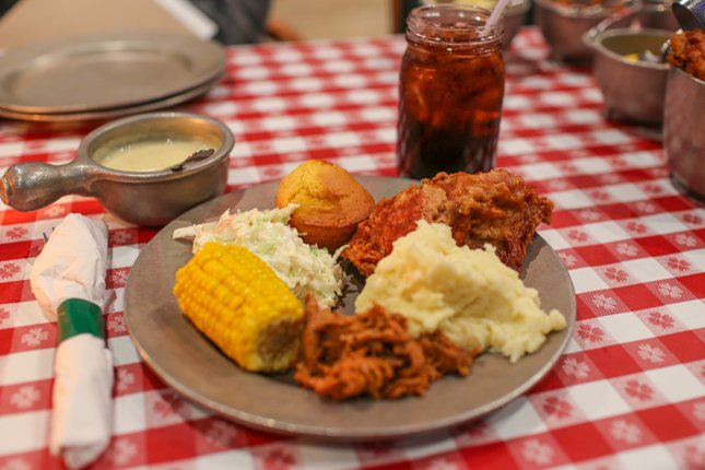 Plenty of Food at Hatfield & McCoy