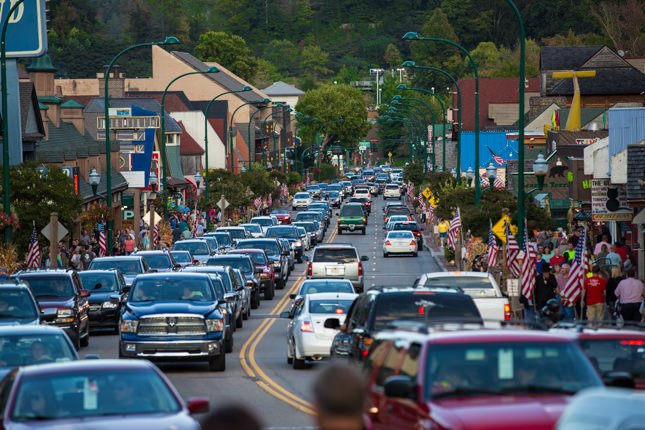 Gatlinburg-City-Streets-2