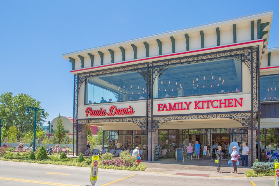 Paula Deen S Family Kitchen Pigeon Forge Tn