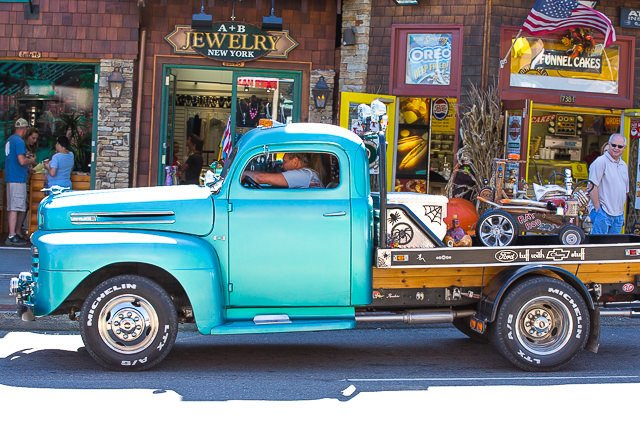 Pigeon-Forge-Hot-Rod-Run
