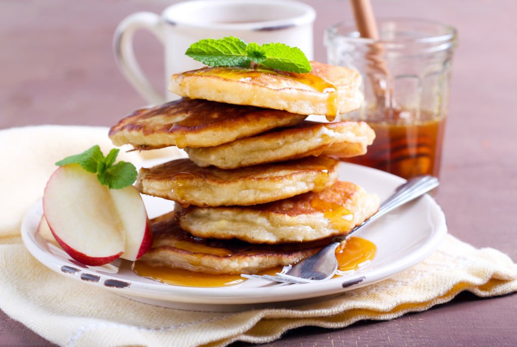 Apple pancakes with maple syrup