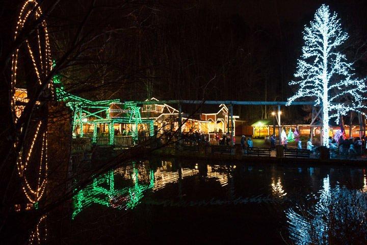 4 Million Beautiful Christmas Lights at Dollywood