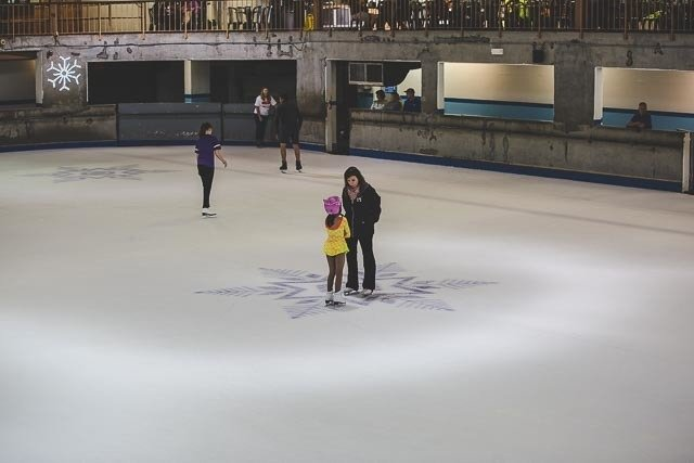 Ober-Gatlinburg-Ice-Skating
