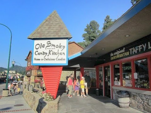 Ole Snoky Candy Kitchen