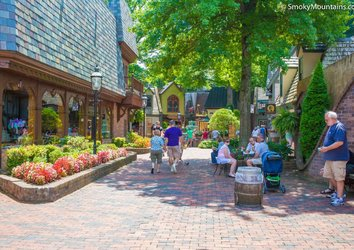 Shop 'til You Drop in These 5 Gatlinburg Malls