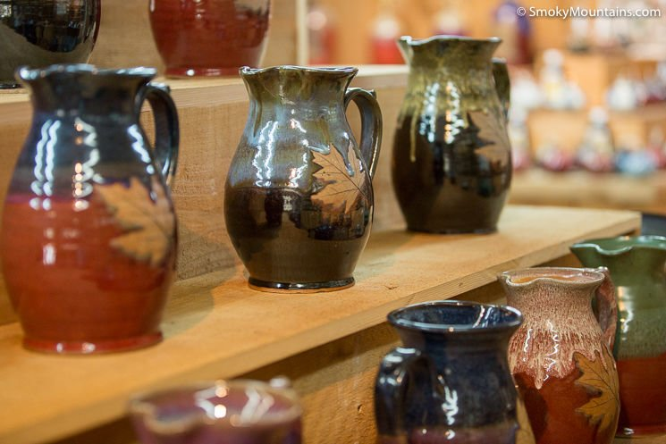 Alewine Pottery In Gatlinburg Review With 24 Photos