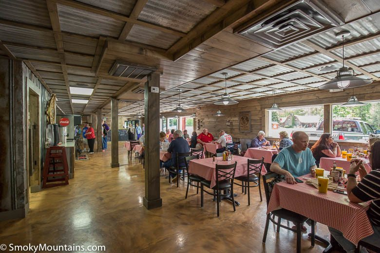 Gatlinburg Restaurants - Farmer's Burger Barn - Original Photo