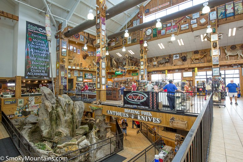Oct 19,  · Smoky Mountain Knife Works: SMKW - See 2, traveler reviews, candid photos, and great deals for Sevierville, TN, at TripAdvisor.5/5.