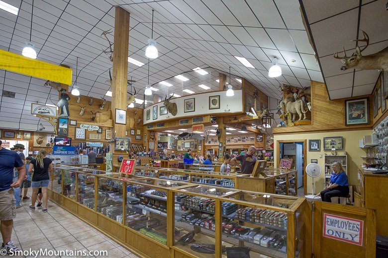 Smoky Mountain Knife Works carries almost every major brand of knives – some of the brands include Remington, Buck, Case, Gerber, Kershaw, Schrade, Cold Steel, SOG, Spyderco, Browning, and many more! If you are looking for a hard-to-find knife, they probably carry it.