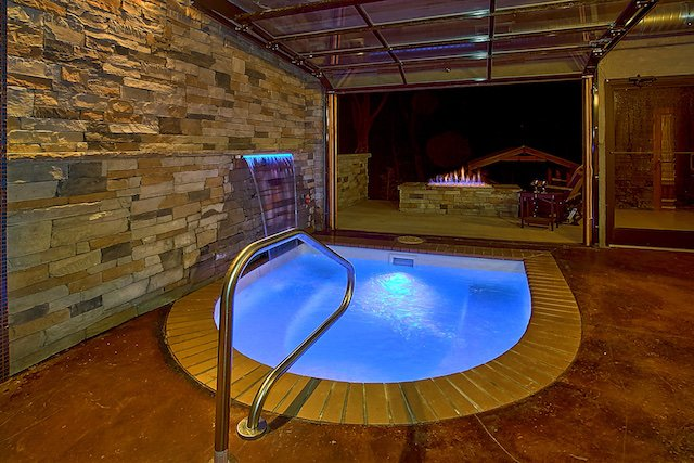 7 Top Gatlinburg Cabins with Indoor Pools - Book Online!