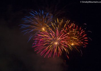 4th of July in Gatlinburg: What to Know, Where to Go
