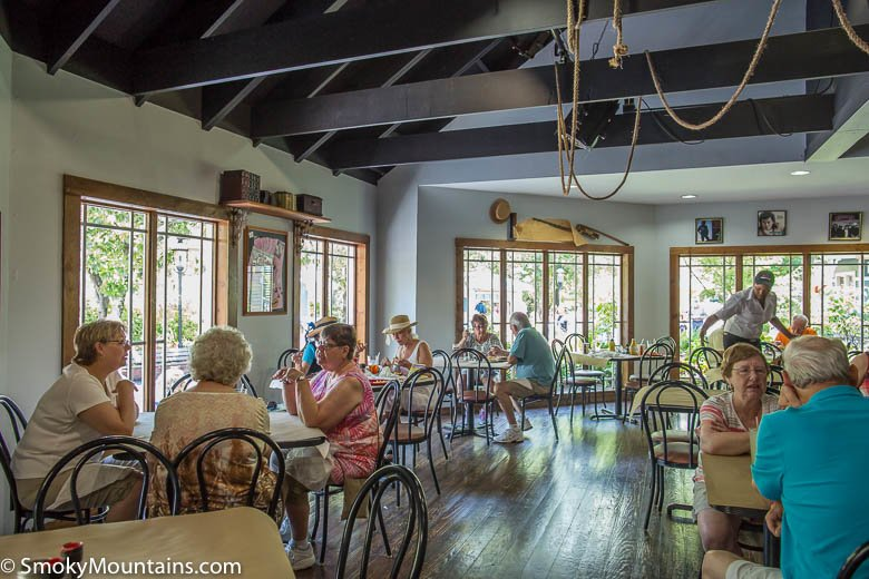 Dollywood Food - Front Porch Restaurant - Original Photo