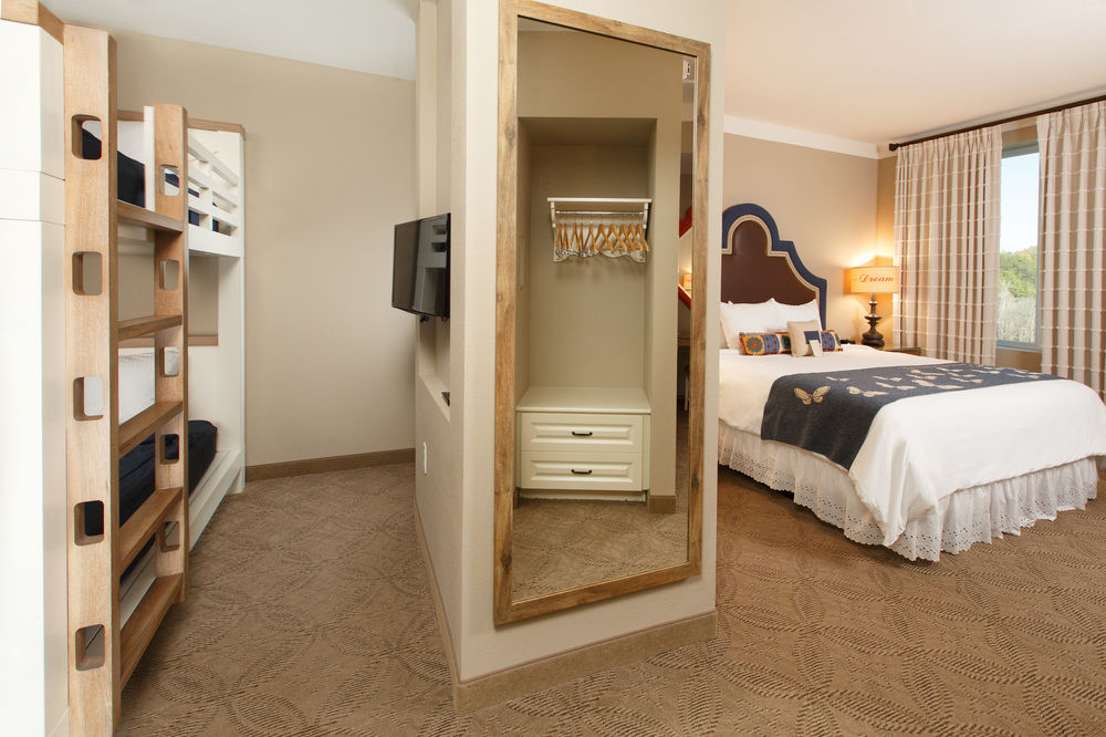 Dollywood Dreammore Resort & Spa Family Suite