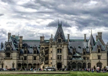 Unlock the Wonder of the Holidays at Biltmore Estate