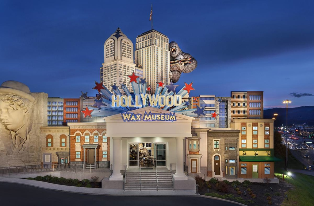 Pigeon Forge Things To Do - Hollywood Wax Museum Entertainment Center - Original Photo