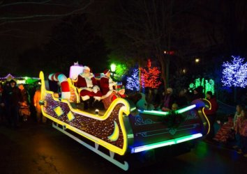 Upcoming Events at Dollywood: December 2018