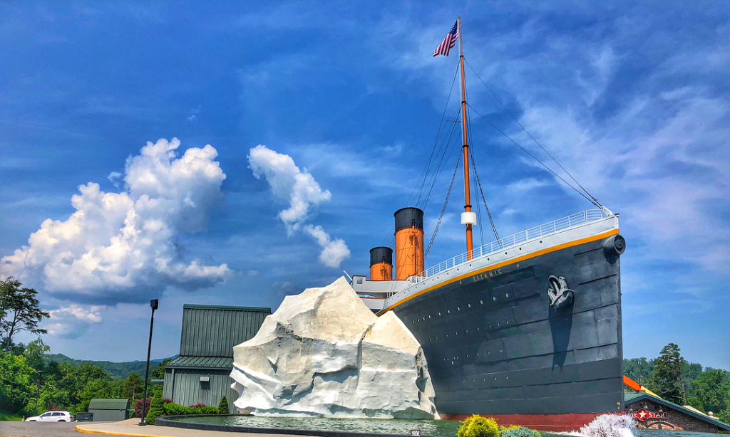 Exterior View of the Titanic Pigeon Forge Museum