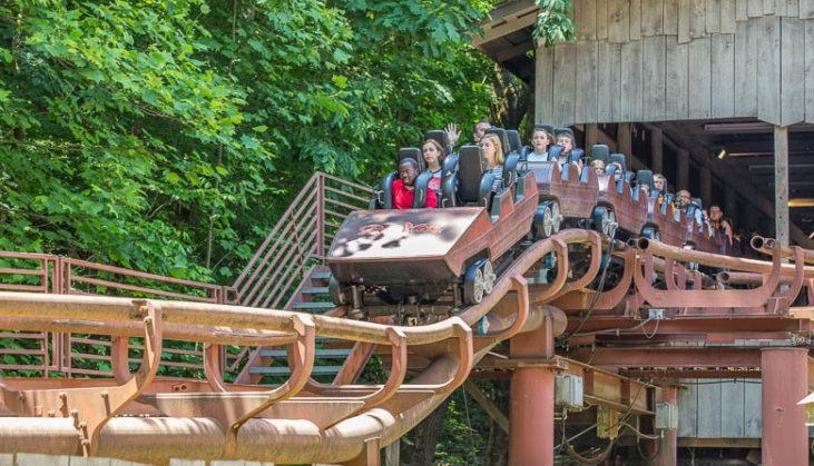 Top 10 Rides at Dollywood You Have to Experience