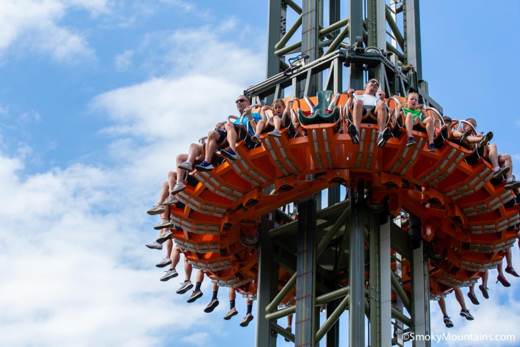 Dollywood Rides - Drop Line Drop Tower - Original Photo