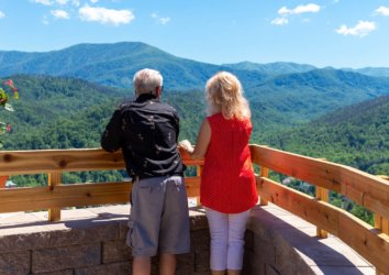 The Top 5 Spots to See Fall Foliage in Gatlinburg