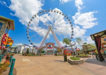 10 Reasons to Vacation in Pigeon Forge, TN
