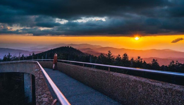 10 Best Places To Watch A Sunset In The Great Smoky Mountains