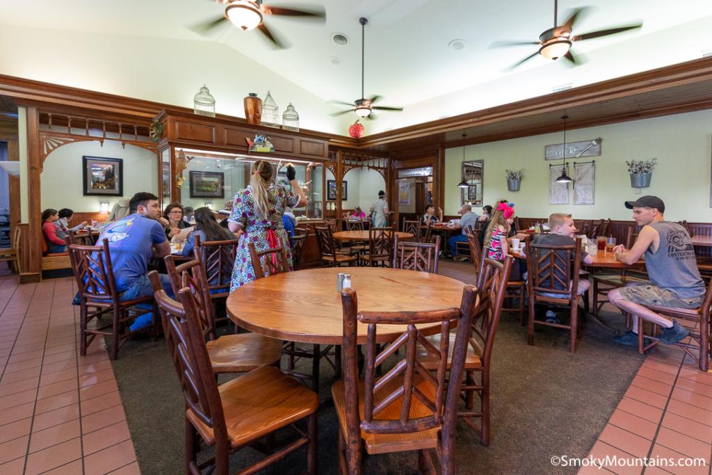 Sevierville Restaurants - Applewood Farmhouse Grill - Original Photo