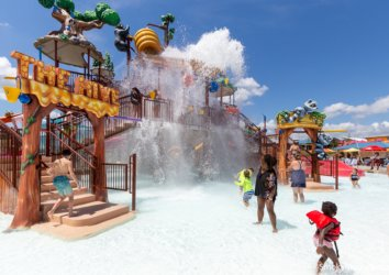 5 Reasons to Visit Sevierville's Newest Water Attraction: Soaky Mountain Waterpark