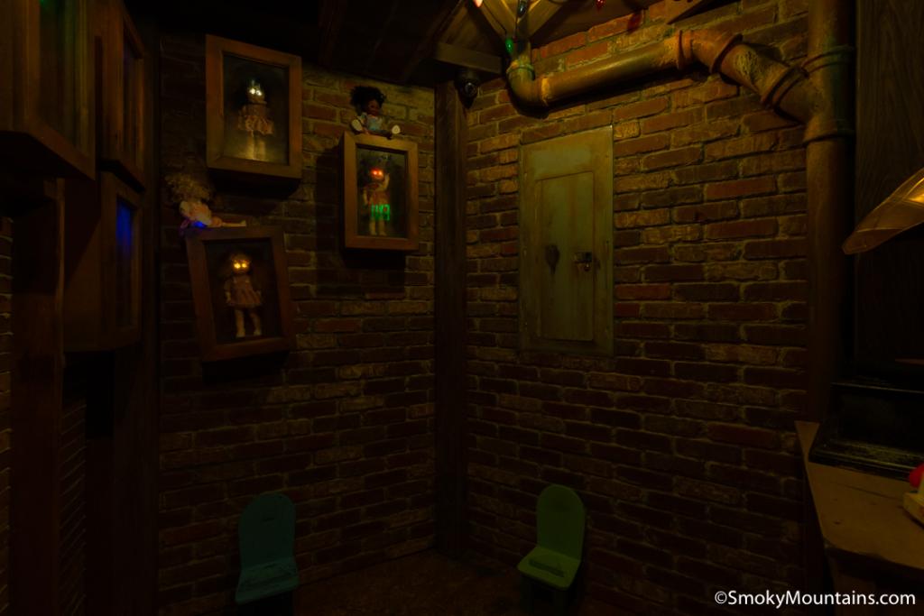 Gatlinburg Things To Do - Gatlin's Escape Games - Original Photo