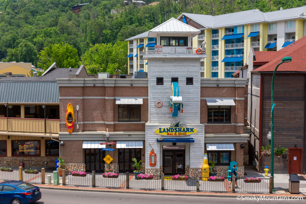 Gatlinburg Restaurants - LandShark Bar & Grill Gatlinburg - Original Photo
