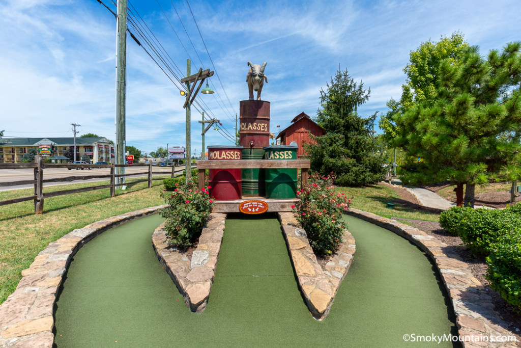 Sevierville Things To Do - Ripley's Old MacDonald's Farm Mini Golf - Original Photo