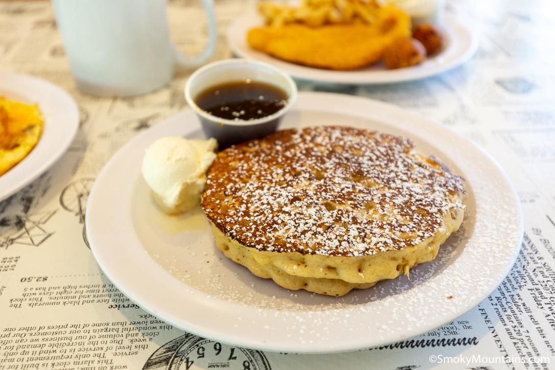 Gatlinburg Pancake Guide: Where to Get the Tastiest Flapjacks in the Smokies
