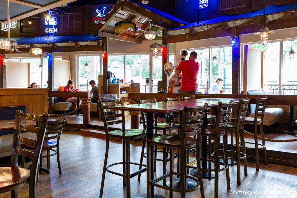 Gatlinburg Restaurants - Crawdaddy's Restaurant & Oyster Bar Gatlinburg - Original Photo
