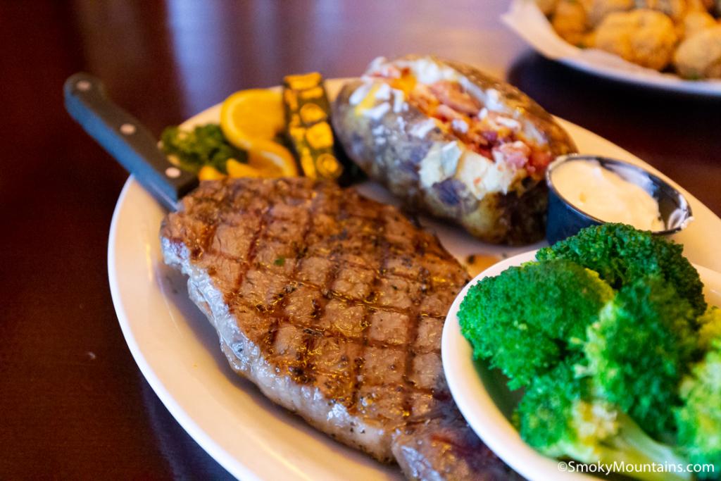 Gatlinburg Restaurants - Howard's Steakhouse - Original Photo