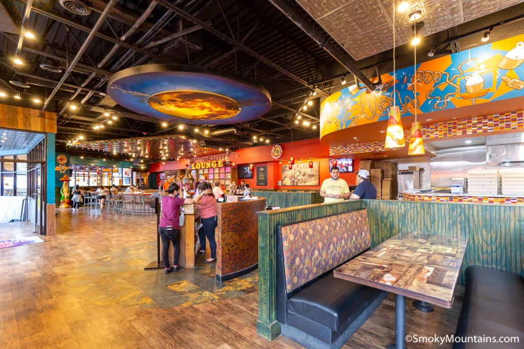 Gatlinburg Restaurants - Mellow Mushroom - Original Photo
