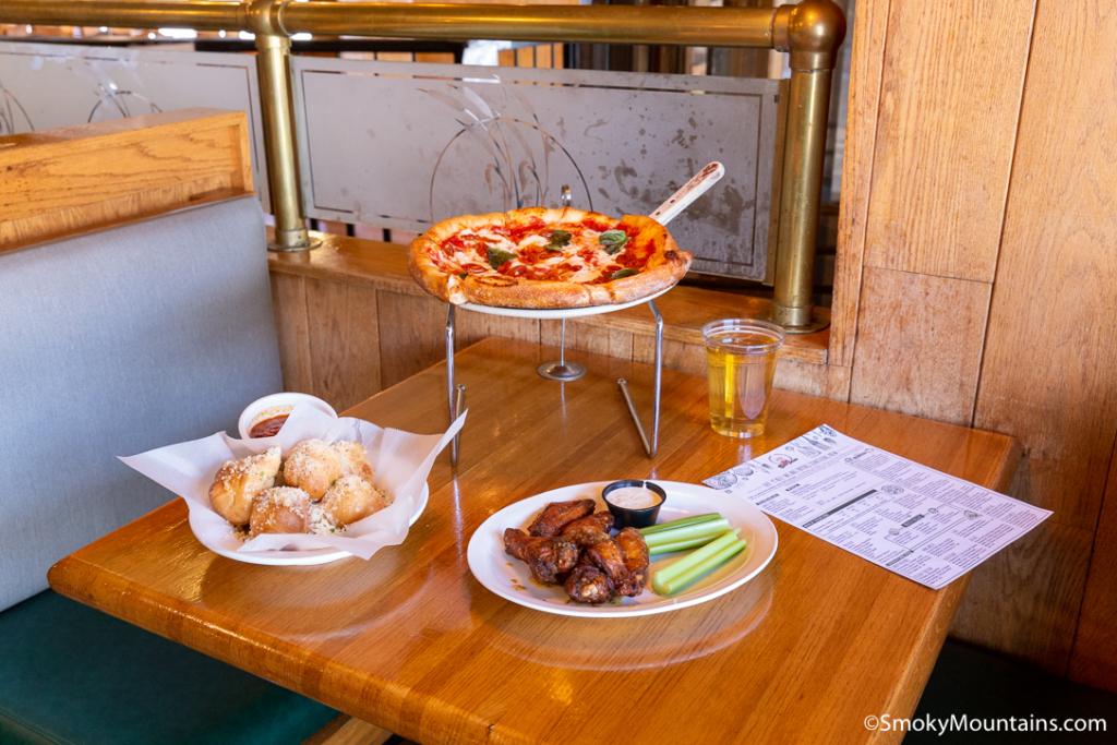 Gatlinburg Restaurants - The Best Italian On The Parkway - Original Photo