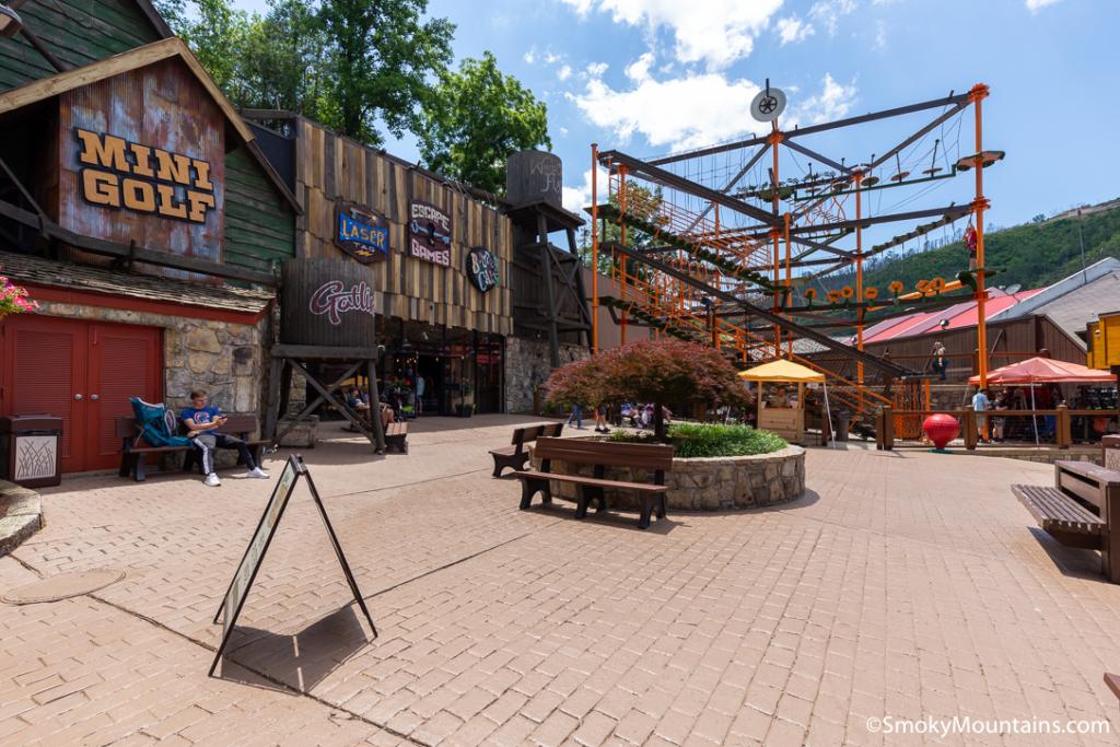 Gatlinburg Things To Do - Gatlin's Fun Center - Original Photo