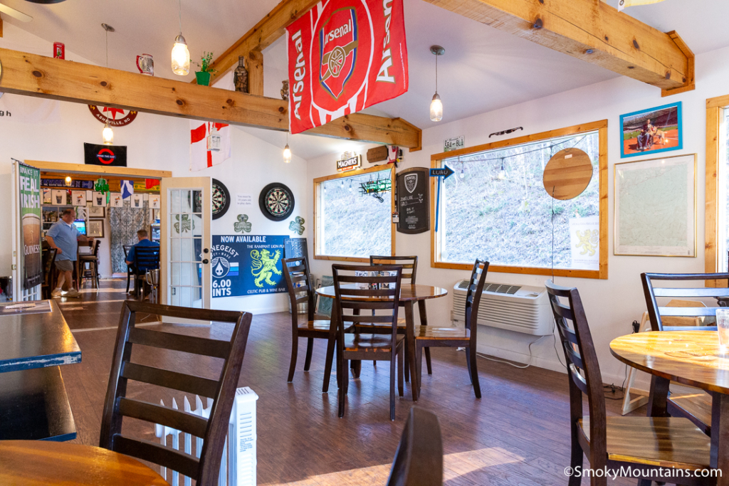 Gatlinburg Restaurants - The Rampant Lion - Original Photo