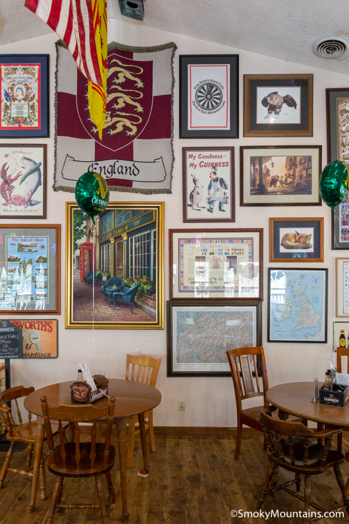 Gatlinburg Restaurants - The Fox & Parrot Tavern - Original Photo
