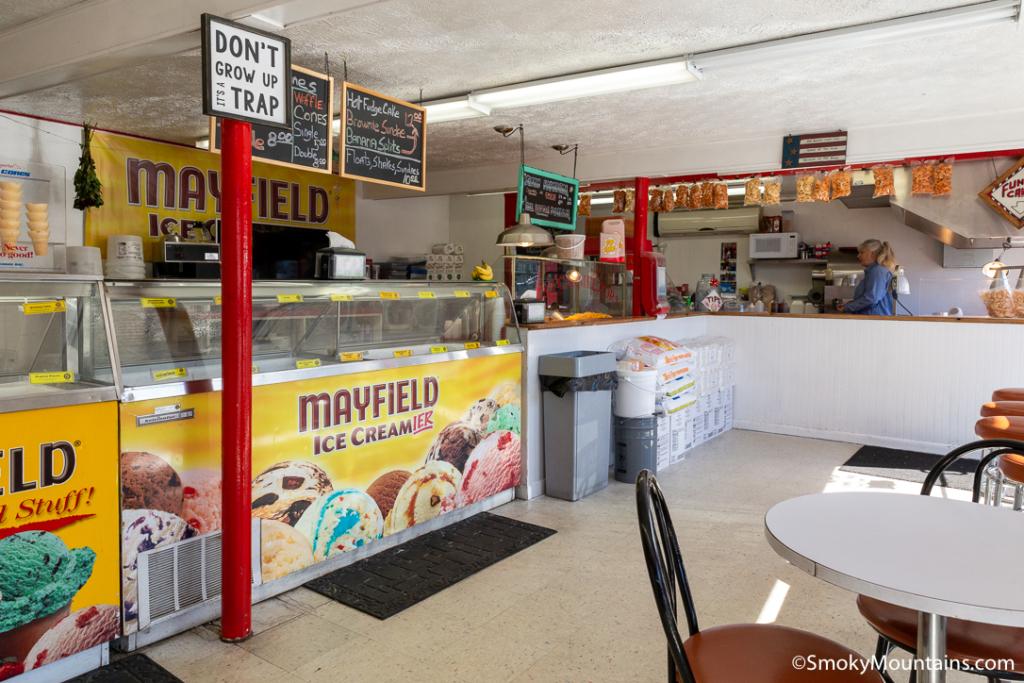 Pigeon Forge Restaurants - Funnel Cake Factory - Original Photo
