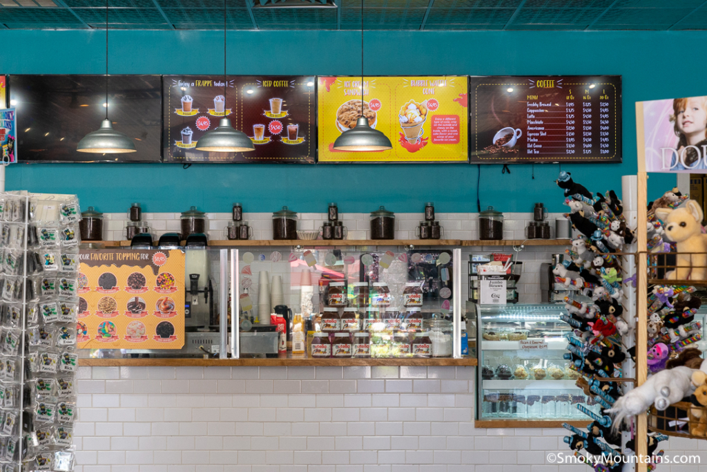 Pigeon Forge Restaurants - Island Creamery - Original Photo