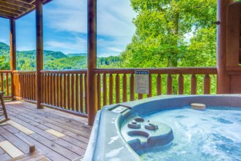 Cabins in Pigeon Forge with Hot Tubs